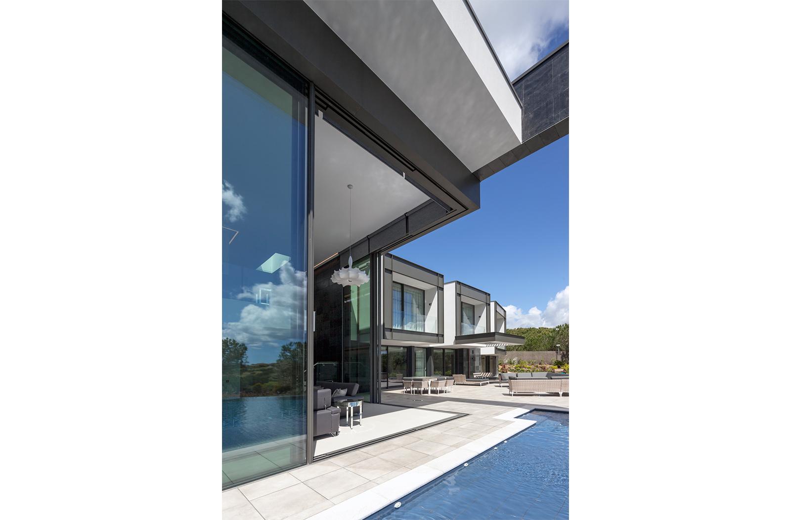 Villa-Kearney-Residential-Project-Architect-Spain-3
