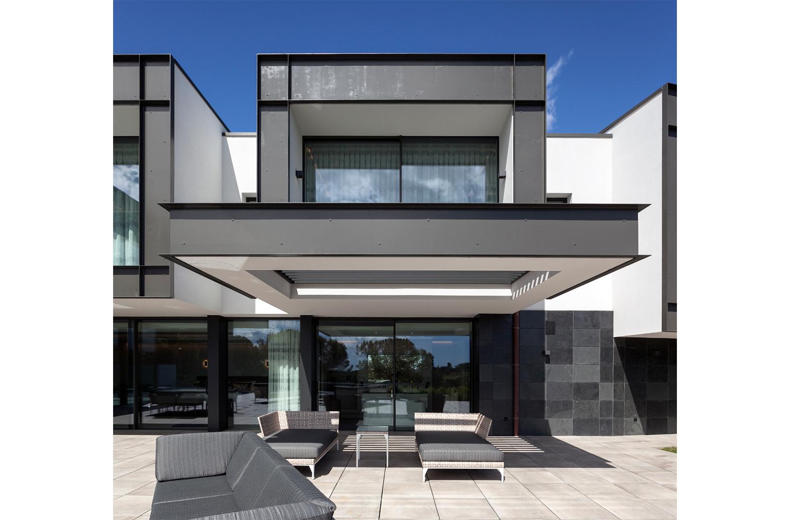 Villa-Kearney-Residential-Villa-Project-Architect-Spain-3